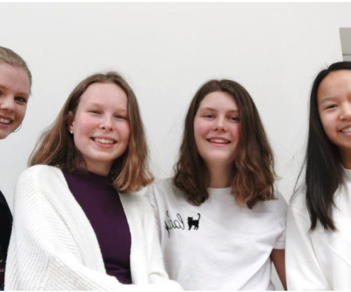 Från vänster: Sekreterare Filippa Svan, vice ordförande Lina Persson, ledamot Tyra Solén, ordförande Thea Lindell och ledamot Lars-Belvin Larsson.